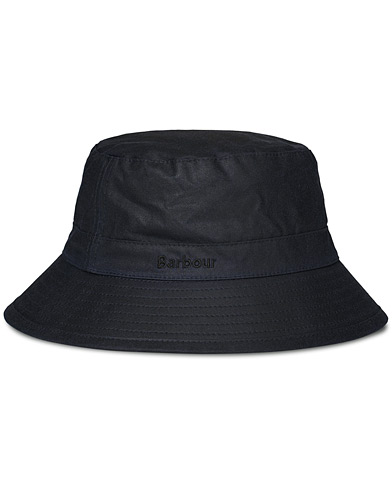 Barbour Lifestyle Wax Sports Hat Navy i gruppen Tilbehør / Hatte & kasketter / Hatte hos Care of Carl (10046611r)