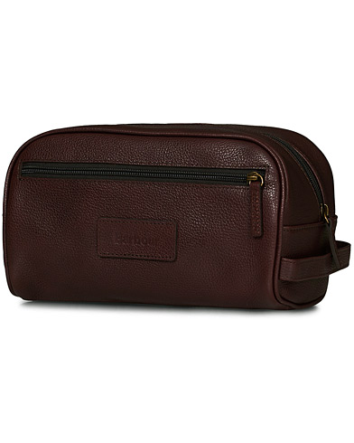 Barbour Lifestyle Leather Washbag Dark Brown i gruppen Tilbehør / Tasker / Toilettasker hos Care of Carl (10731410)