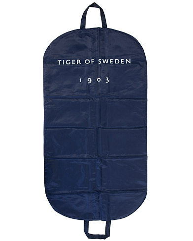 Tiger of Sweden Suit Cover Blue i gruppen Tilbehør / Tasker / Dragtposer hos Care of Carl (10990110)