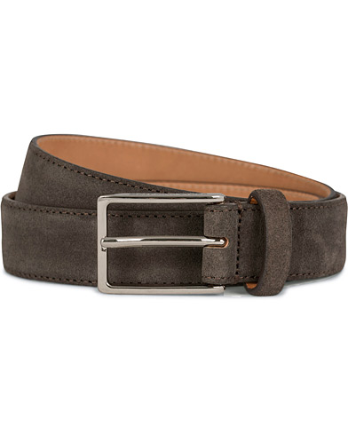 Oscar Jacobson Suede Belt 3 cm Dark Brown i gruppen Tilbehør / Bælter / Glatte bælter hos Care of Carl (11629511r)