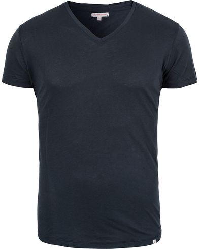 Orlebar Brown OB V-Neck Tee Navy i gruppen Tøj / T-Shirts / Kortærmede t-shirts hos Care of Carl (12283011r)