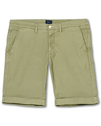 GANT Regular Sunbleached Shorts Oil Green