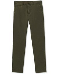 Henry Chinos Olive