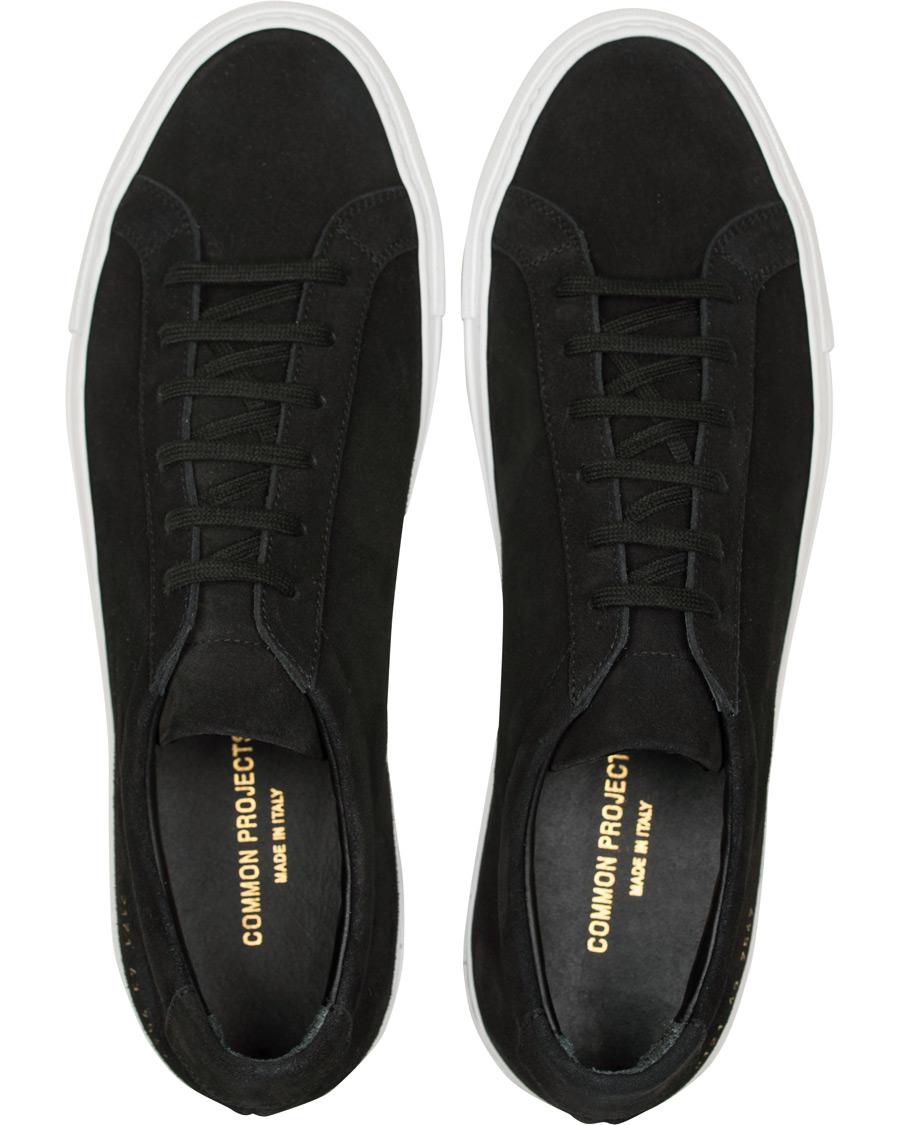 0b5b57d4a00 Common Projects Achilles Sneakers Black Suede hos CareOfCarl.dk