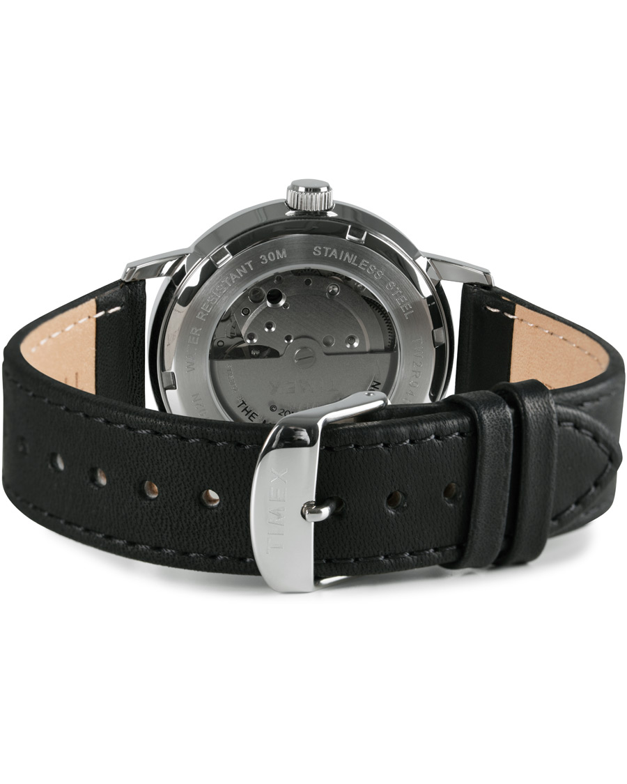 49ec7396f Timex Marlin Snoopy Automatic Silver Dial Black hos CareOfCarl.d
