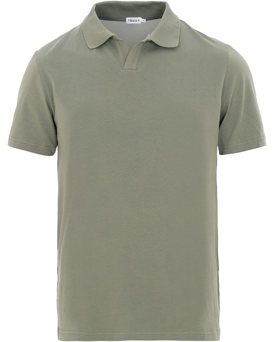 Filippa K Soft Lycra Polo T Shirt Platoone hos CareOfCarl.dk