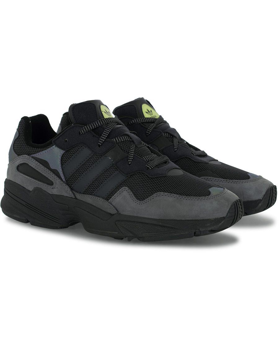 adidas Originals Night Vision Yung 96 Sneaker Core Black UK6,5 EU40