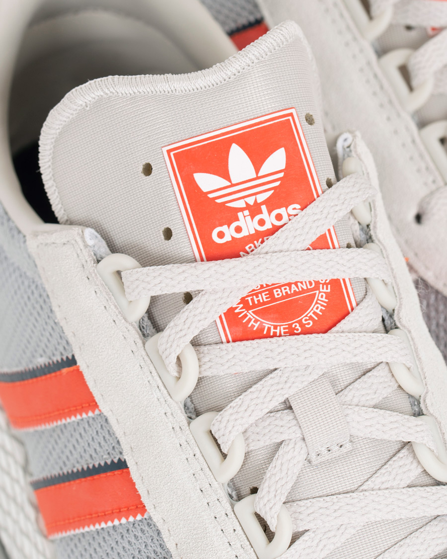 adidas Originals Marathon Tech Sneaker Raw White UK6,5 EU40,5