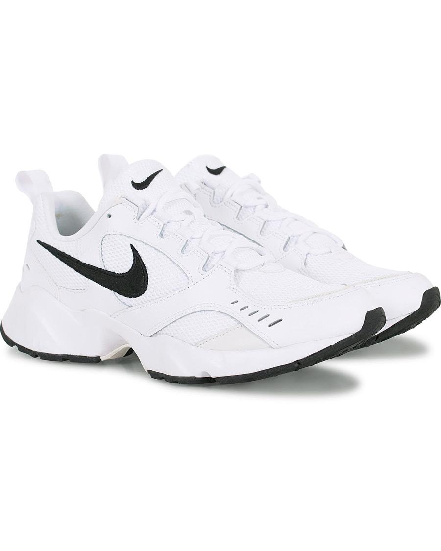 Nike Air Heights Sneaker White US7 EU40