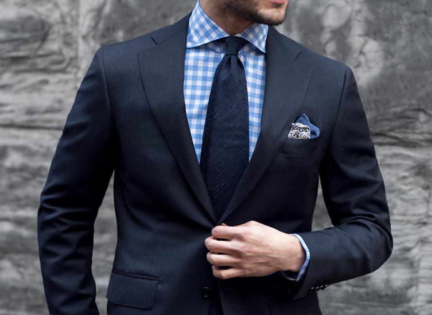 c39e1cec758 Hvad skal man være opmærksom på, når man køber sit første jakkesæt ...